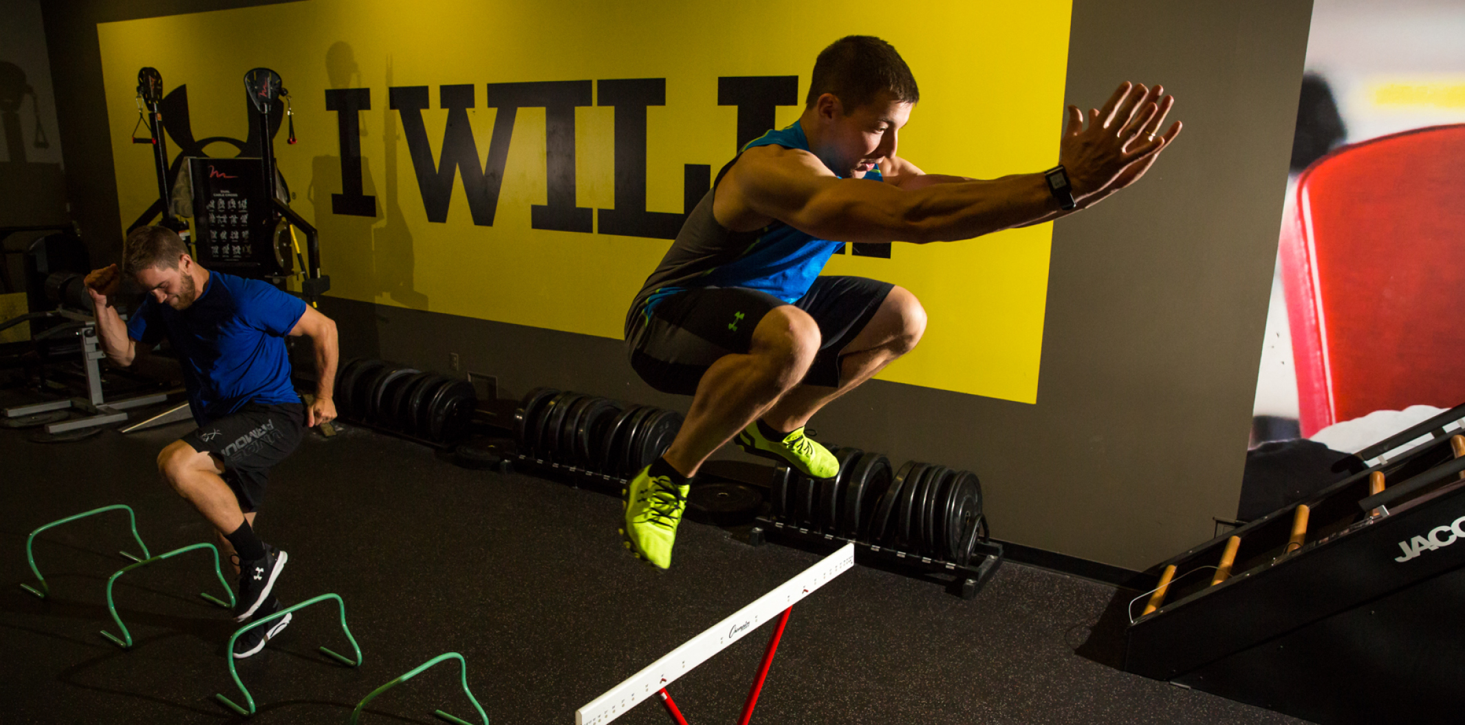 Boutique en ligne venta profesional revisa Under Armour Performance Center powered by FX Fitness